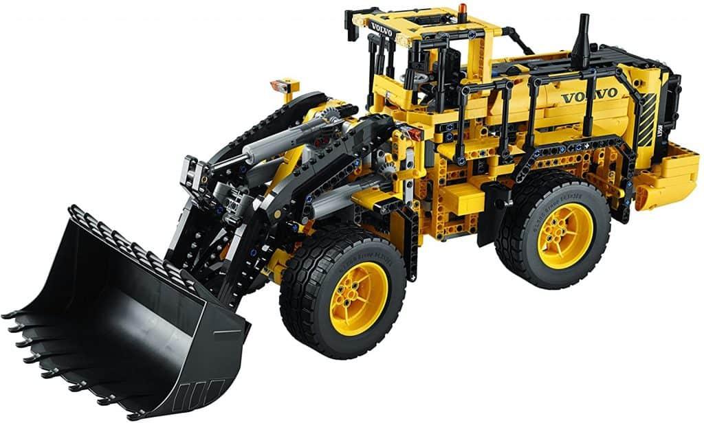 LEGO Technic 42030 Remote Controlled Volvo L350F Wheel Loader