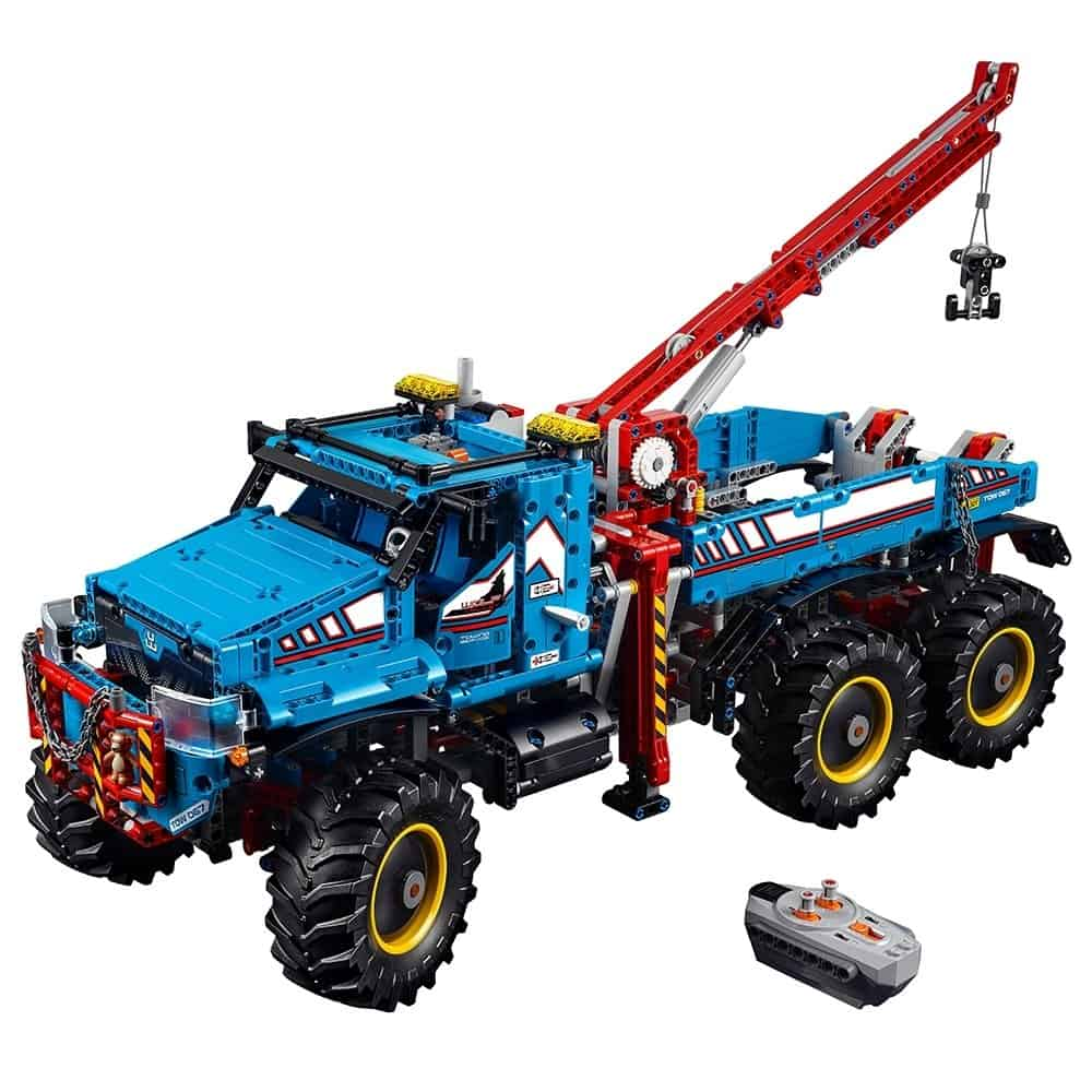 LEGO Technic 6x6 All Terrain Tow Truck 42070 Building Kit