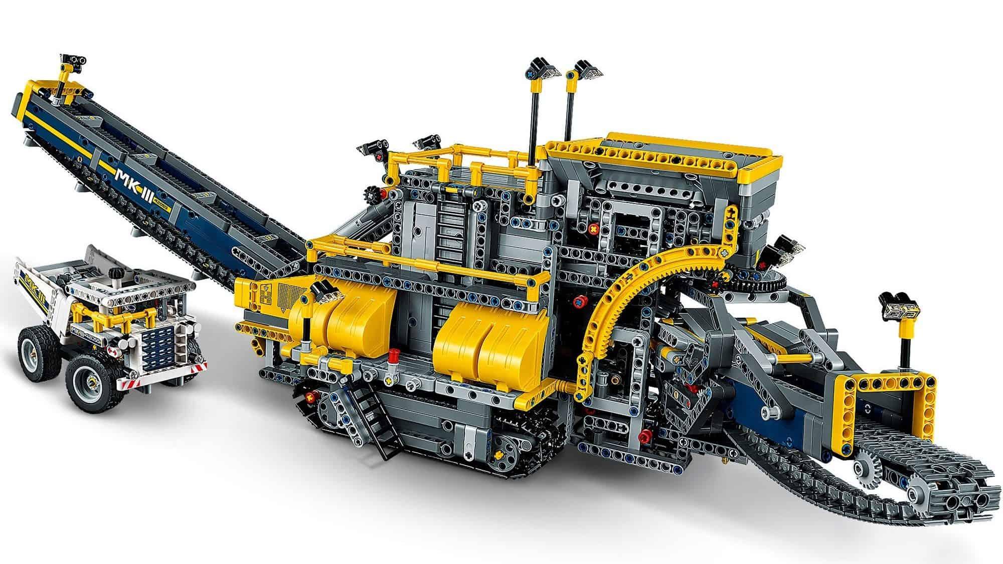 LEGO Technic Mobile Aggregate Processing Plant 42055