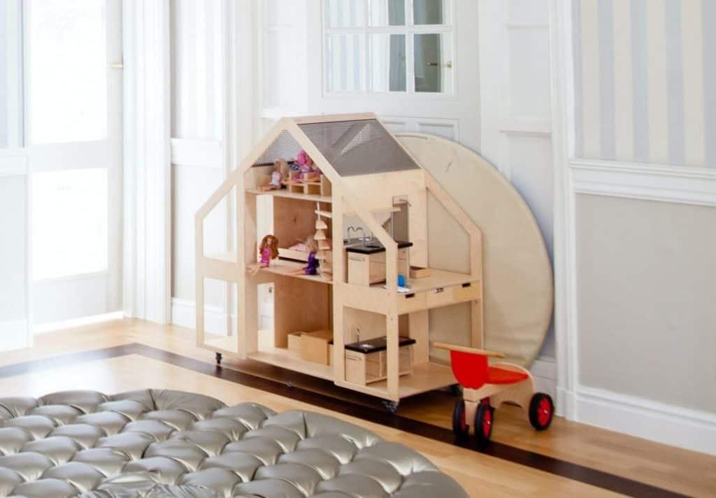 Best Dollhouse for Toddlers
