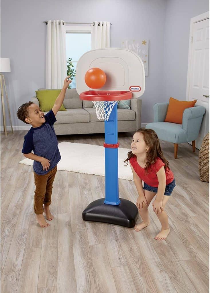 Best Toddler Basketball Hoops: Little Tikes Easy Score Basketball Set